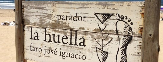 Parador La Huella is one of Locais curtidos por Pablo.