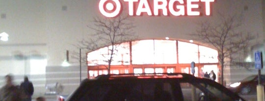 Target is one of Lieux qui ont plu à Emily.