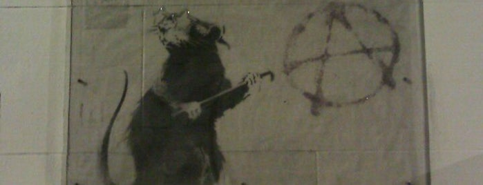 Banksy Mural: 'Glitter Glasses' Rat is one of liver's best of SFO.