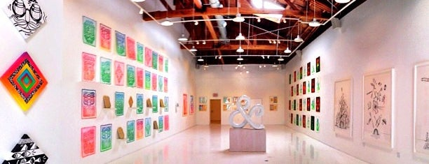 Known Gallery is one of Los Angeles.