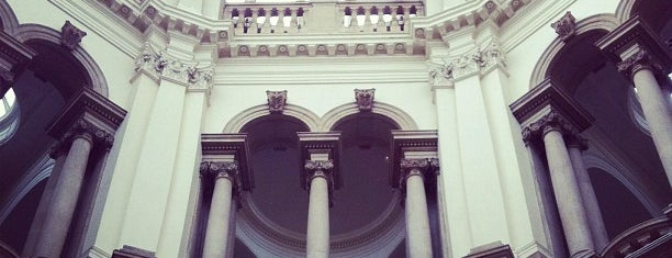 Tate Britain is one of London Favorites.