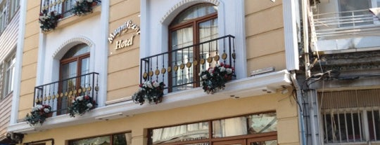 Magnificent Hotel is one of Buitenland.