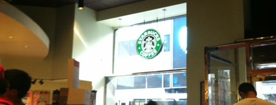 Starbucks is one of Locais salvos de JRA.