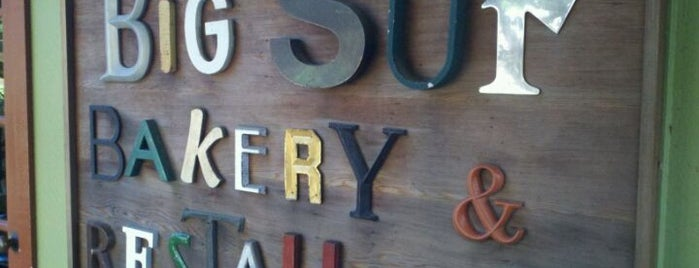 Big Sur Bakery is one of Locais curtidos por Jon.