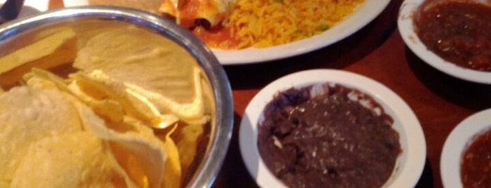 Lupe's Tex Mex Grill is one of KATIE 님이 좋아한 장소.