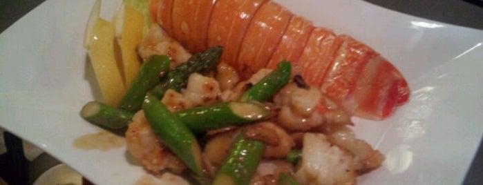 Hana Japanese Eatery is one of Devour Phoenix.