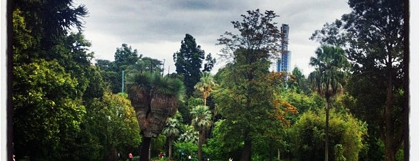 Royal Botanic Gardens is one of Melbourne 3000.