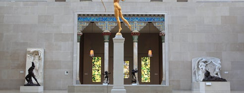 The Metropolitan Museum of Art is one of 101 places to see in Manhattan before you die.
