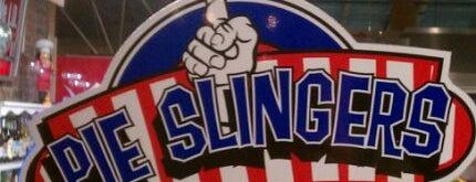 Pie Slingers Pizzeria is one of Locais curtidos por Steven David.