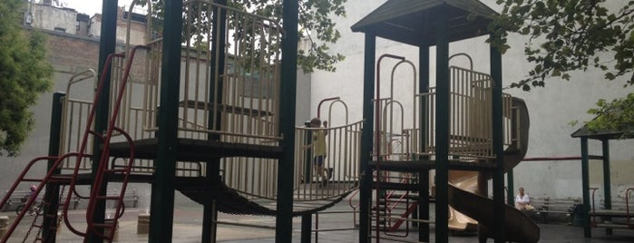 DeSalvio Playground is one of manhattan.
