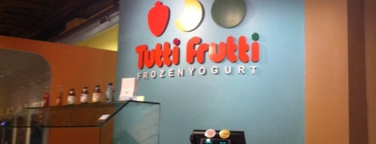 Tutti Frutti & Small Oven Bakery is one of Must try foods!.