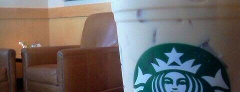 Starbucks is one of Lieux qui ont plu à Damien.
