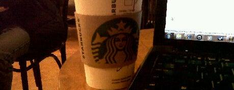 Starbucks is one of Cafés en Lima.