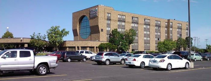 Four Points by Sheraton Milwaukee North is one of Karltonさんの保存済みスポット.