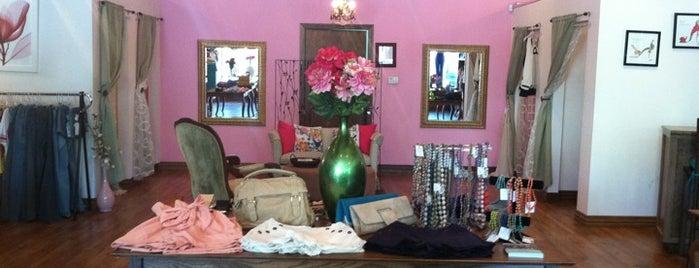 Flirt Boutique is one of Locais salvos de Kristin.