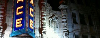 Louisville Palace Theatre is one of Orte, die Courtney gefallen.