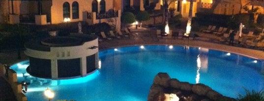 Novotel (Al Dana Resort) is one of Posti che sono piaciuti a Сергей.