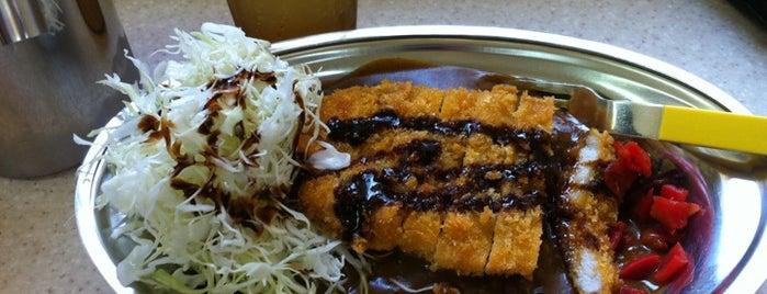 カレーのチャンピオン 麹町店 is one of カレーが好き☆*:.。. o(≧▽≦)o .。.:*☆.