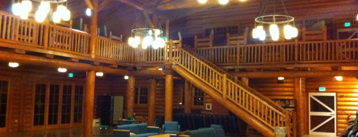 Camp Mountaindale is one of Orte, die Jennifer gefallen.