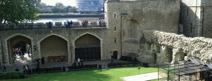 Tower of London is one of Best of World Edition part 1.