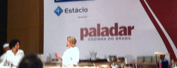 Paladar Cozinha do Brasil is one of Lieux qui ont plu à Bruna.