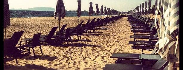 The Westin Resort, Costa Navarino is one of Tasos'un Beğendiği Mekanlar.