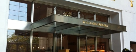 Williams-Sonoma is one of Locais curtidos por Maru.