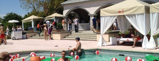 Lacoste L!ve Desert Pool Party is one of PS.
