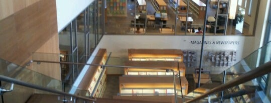 San Mateo Main Library is one of Sightseeings.