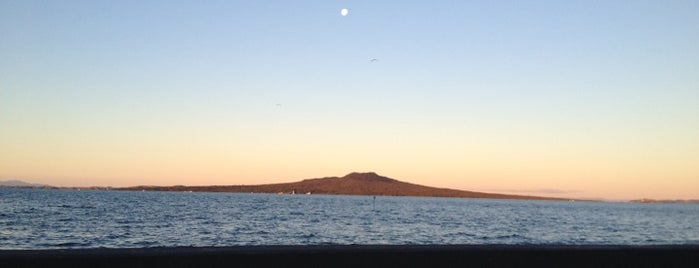 Takapuna Beach is one of NZ to go.