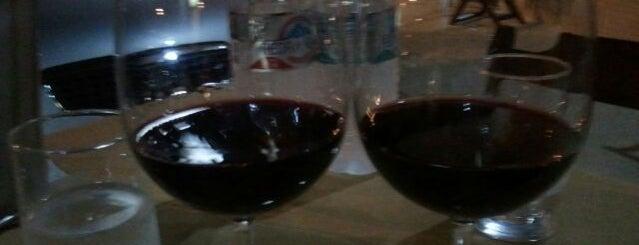 Zanatta Wine Store is one of Orte, die Marcio gefallen.