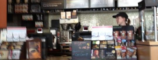 Starbucks is one of Restaurants CHi-Town.