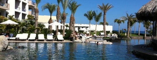 Cabo Azul Resort is one of Pierreさんのお気に入りスポット.