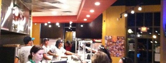 Oz Pizza is one of Posti che sono piaciuti a Dee.