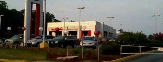 Nissan of Union City is one of Orte, die Harvey gefallen.
