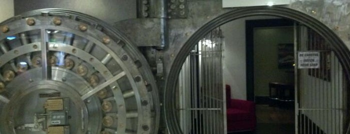 The Vault is one of Cola Bar Crawl.