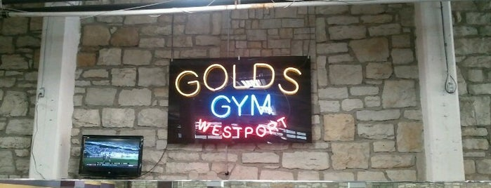 Gold's Gym is one of Chaseさんのお気に入りスポット.