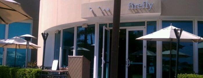 Firefly Restaurant & Bar is one of Christiane'nin Kaydettiği Mekanlar.