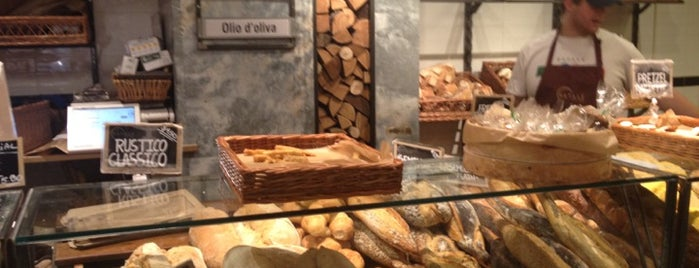 Eataly Flatiron is one of NY Must by Bellita!.