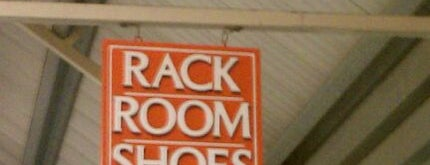 Rack Room Shoes is one of Orte, die Joshua gefallen.