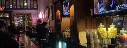 The Side Bar is one of Lieux sauvegardés par JULIE.