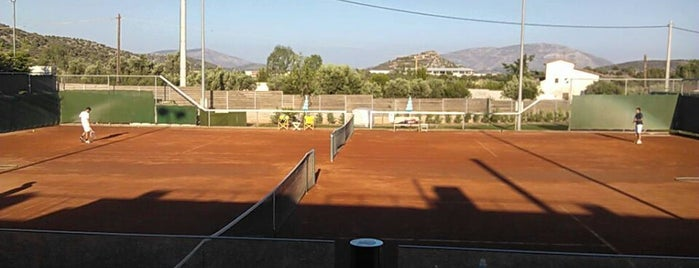 Forty Love Tennis Club is one of Locais curtidos por Tasos.