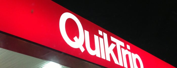 QuikTrip is one of Orte, die Jennifer gefallen.