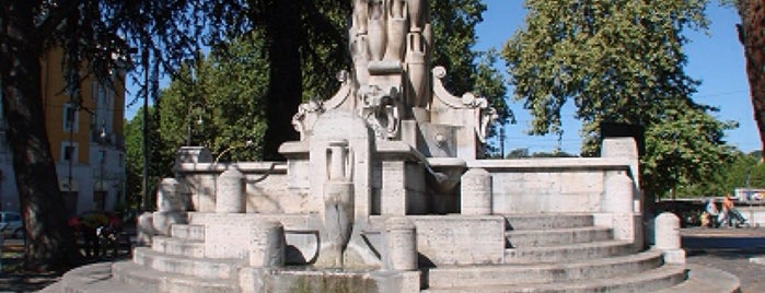 Fontana delle Anfore is one of Roma.