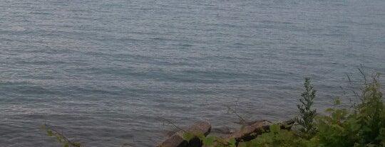 Belle Isle Pier #9 is one of Posti che sono piaciuti a Andrew.