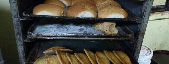 Panadería Buenpan is one of Tragadera.