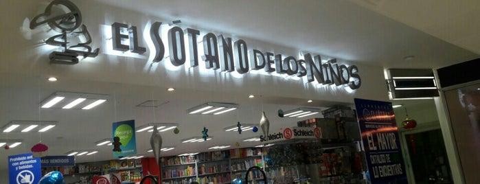 Librería El Sótano Niños is one of Tempat yang Disukai Angeles.