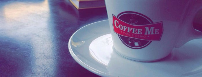 CoffeeMe is one of Tempat yang Disukai Aline Carolina.