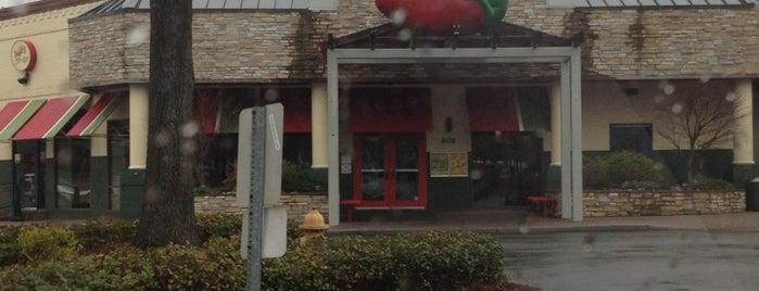 Chili's Grill & Bar is one of Tempat yang Disukai Brooke.