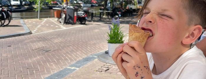 Lanskroon Bakery stroopwafels is one of Amsterdam.